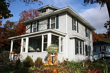 bed and breakfast in saugatuck mi serendipity bed and breakfast and suites saugatuck
