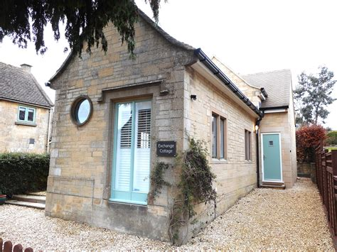 Cottages In Cheltenham by 2 Bedroom Cottage In Cheltenham Friendly Cottage In