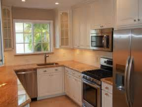 Small U Shaped Kitchen Ideas by Best 25 Small U Shaped Kitchens Ideas On Pinterest U