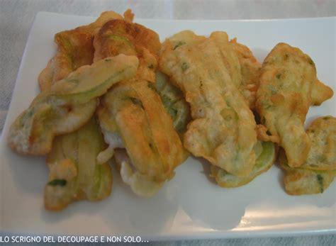 fiori zucchina fritti fiori di zucchina in pastella ricetta
