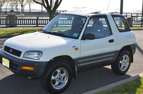 auto air conditioning service 1996 toyota rav4 electronic valve timing sell used 1996 toyota rav4 base sport utility 2 door 2 0l manual transmission awd 4x4 suv in