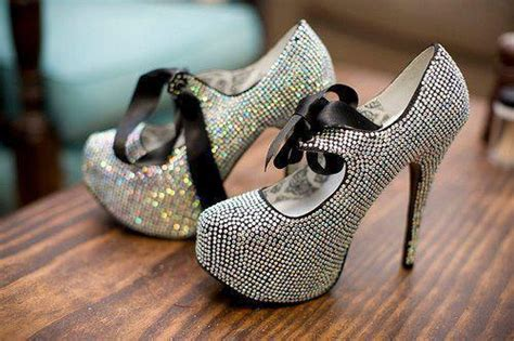 Vincci Heels Sandal Stick Diamonds lovely dresses for brides fashionable high heel shoes