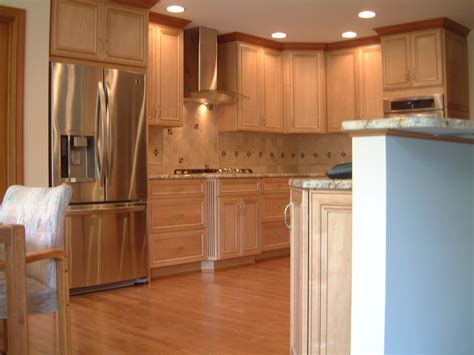 Cabinet Crown Molding. Kitchen Cabinet Crown Molding
