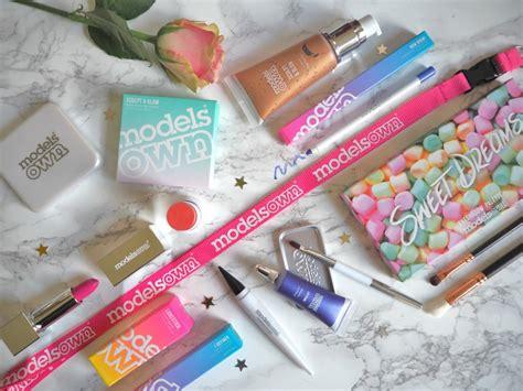 Laura Louise Makeup Beauty Models Own New Launch Disco Pants | beauty news models own launch a full makeup range