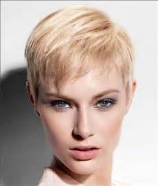 pixie cut hairstyle for age mid30 s 15 short haircuts for women with fine hair short