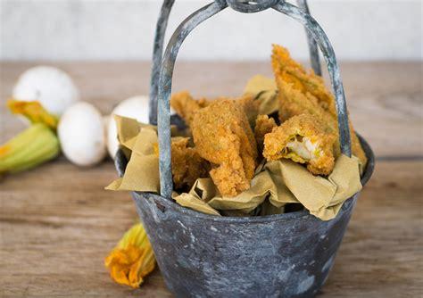 pastella per fiori di zucca ripieni fiori di zucca ripieni di funghi in pastella mastercheffa
