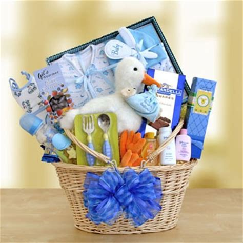 destination wedding welcome bag – Tip of the Day #47: Wow Guests with Wedding Welcome Baskets   WedInsider