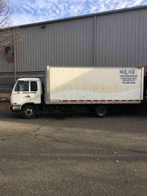 nissan box van nissan ud 2300lp 2006 van box trucks