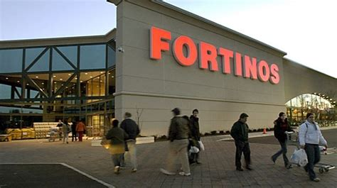 two loblaws open a theatre is renamed and toronto feels loblaw to open 50 new grocery stores this year thespec
