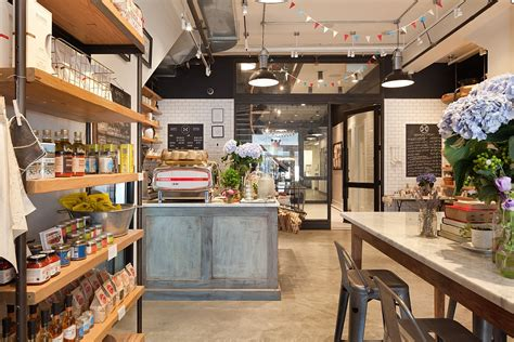 kitchen design shops old nyc carriage house renovated into a trendy caf 233