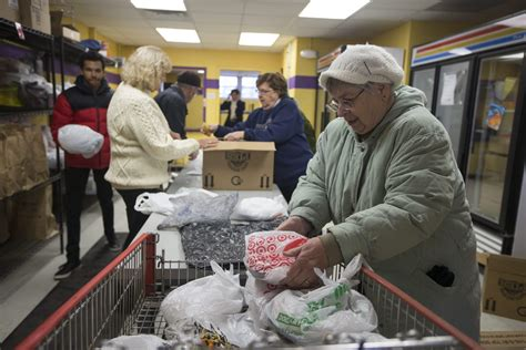 Food Pantry In Rockford Il by 2015 Excelsior Finalist Rock River Valley Food Pantry