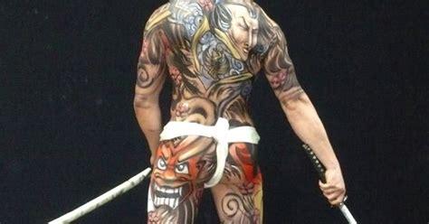 yakuza tattoo historia yakuza tatuajes y historia tatuajes suits and style