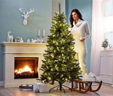 tchibo weihnachtsbaum k 252 nstlicher tannenbaum bei tchibo