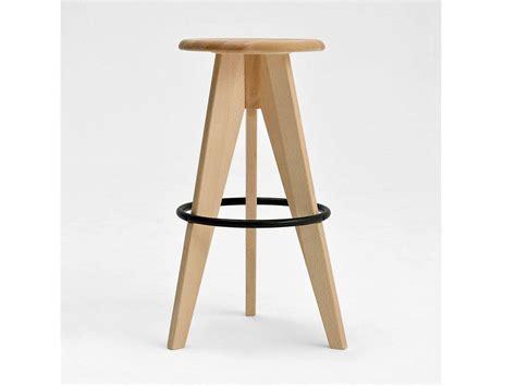 sgabello di legno sgabello in legno alto