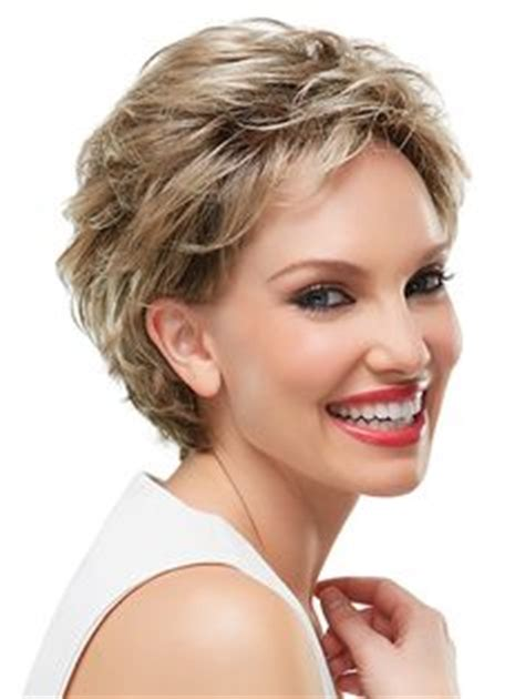 bob haircuts with volume on top 1000 images about make up nails hair on pinterest