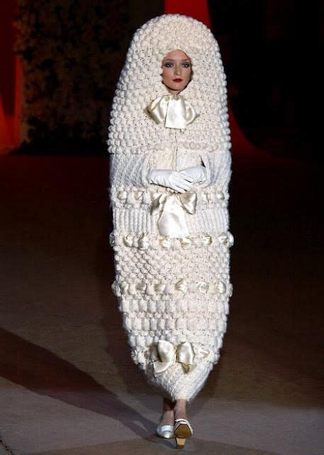 17 ugly wedding dresses you won't believe are real