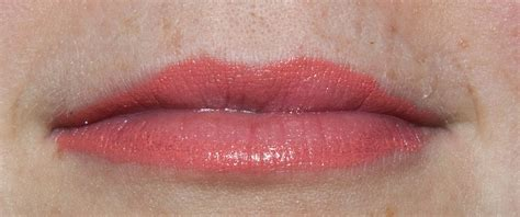 Lipstik Ombre warpaint and unicorns ombre lipstick in playful swatches review