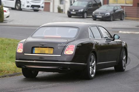 bentley models 2017 2017 bentley mulsanne spyshots reveal wheelbase model