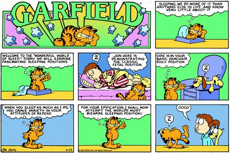 1981 Garfield Odie White Blue garfield position odie is in your basic armchair poily position z when you sleep as