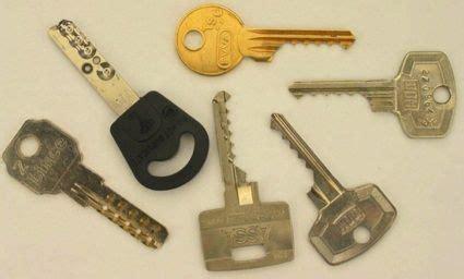 soñar con cadenas y candados bumping key abriendo todas las cerraduras y candados