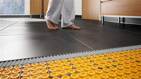 svantaggi riscaldamento a pavimento caratteristiche dei riscaldamenti a pavimento fiorenza