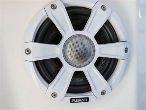 boat speakers specifications mako 334 cc 2016 2016 reviews performance compare price