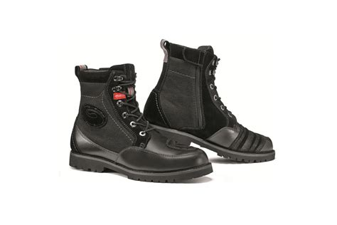 sidi motorcycle boots sidi arcadia tex motorcycle boots