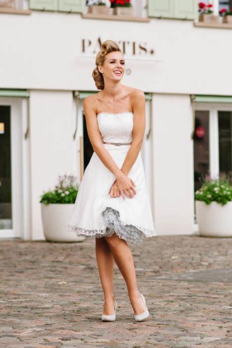 Kurze Brautkleider Standesamt by Kurze Brautkleider Standesamt Hochzeitskleider L 228 Ssig Frech