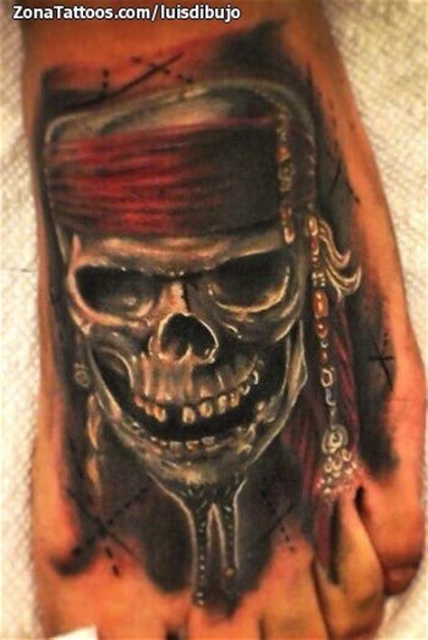 imagenes de calaveras piratas top tatuaje calavera de images for pinterest tattoos