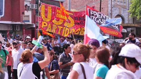 agrupacin docente docentes en marcha en cisadems la banda realizaron una nueva marcha docente por reclamos