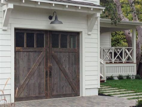 Barn Doors For Garage 25 Best Ideas About Wood Garage Doors On Stained Front Door Painted Garage Doors