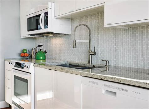 clear glass backsplash clear glass backsplash tiles create an optical illusion