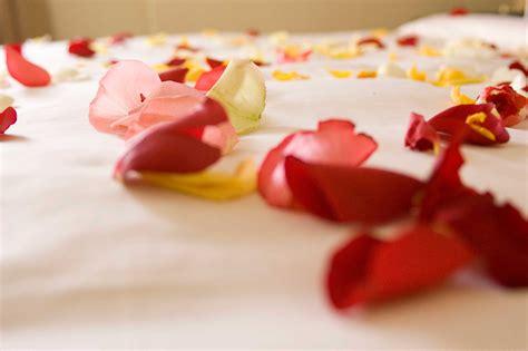 romantic decorations romantic ideas 40 creative quick classic ways to say