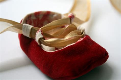diy crib shoes 18 best images about diy baby shoes on sew