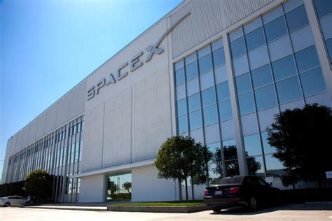 Office Space X Spacex Faces Another Class Lawsuit