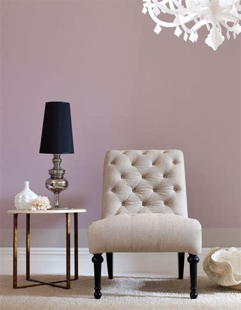 wallpaper fã r schlafzimmer die besten 25 malvenfarbenes wohnzimmer ideen auf