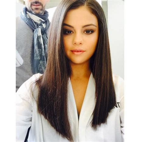 hairstyles for straight hair with no body selena gomez s hair for pantene ads how to get her