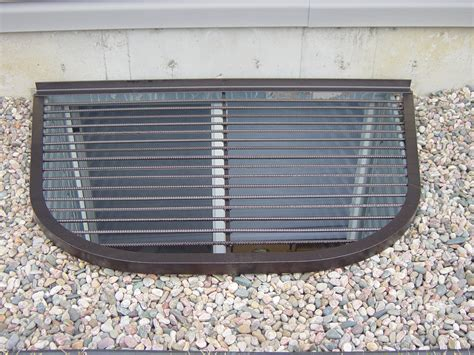 basement window well gravel
