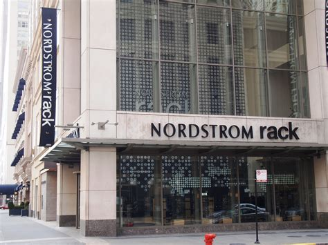 Nordstrom Rack Ta Hours by Where Is Fatboy Chicago Michigan Avenue