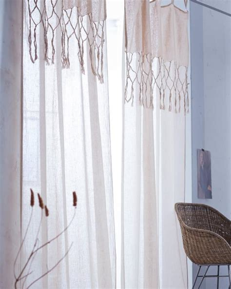 vorhänge grosse fensterfront schlafzimmer braun