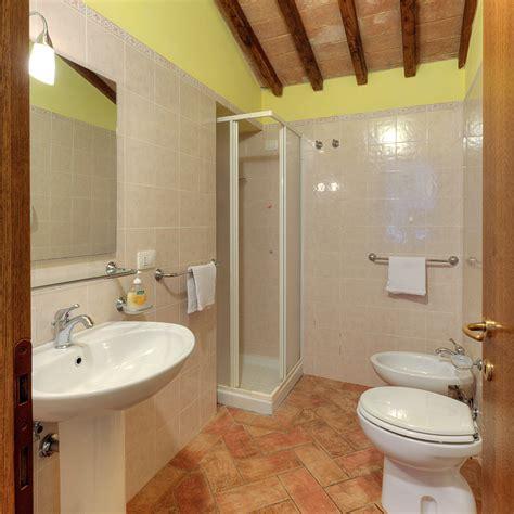bagno stile rustico bagni stile rustico rustici bagno stile moderno mitula