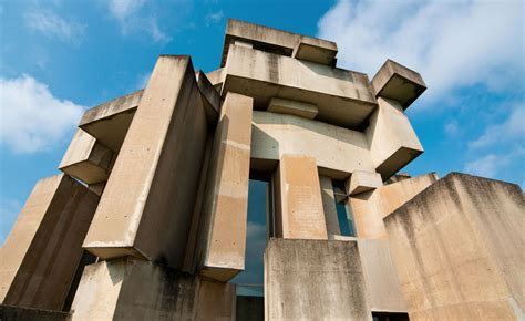 concrete concept brutalist buildings 0711237646 concrete concept reveals brutalist icons around the world wallpaper