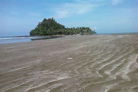 Batu Padang tempat wisata di padang pantai air manis dan batu malin