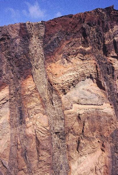 camino vulcanico pirenei trekking