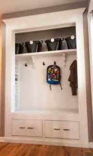 Entry Coat Closet by Best 25 Closet Bench Ideas On Entryway Closet