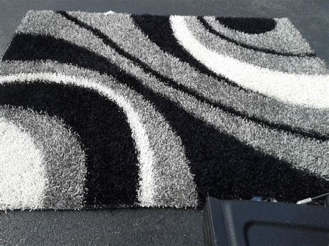 White And Black Area Rugs Black And Gray Area Rugs To Enhance The Of Your Home Floor Homesfeed
