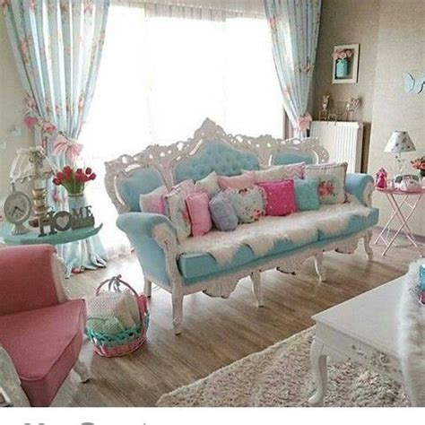 shabby chic livingroom 17 best ideas about shabby chic sofa on shabby