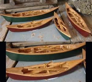 moose r us miniature detailed wood canoe 10 quot paddles
