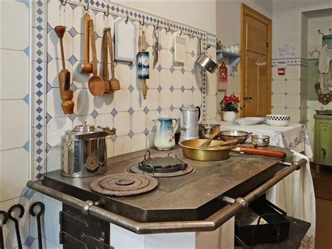 File:La cuisine (musée dart nouveau, Riga) (7563655820) Wikimedia Commons