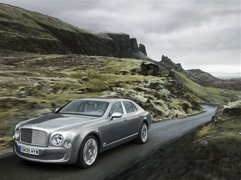 new bentley mulsanne the motoring world bentley motors named top employer for